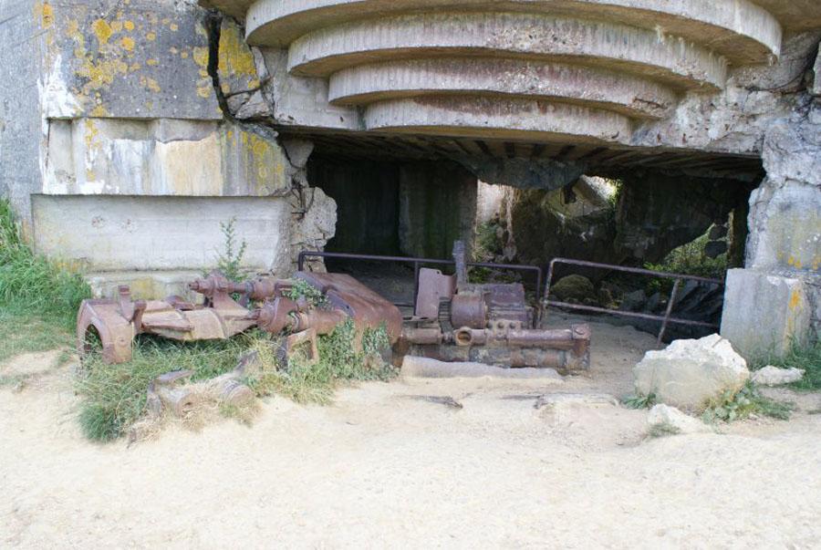 Longues sur Mer Battery Bunker